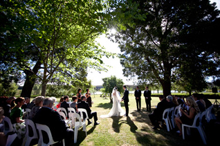 Mikaela & Mathews Wedding at Sault Restaurant Daylesford (4)
